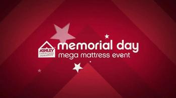 Ashley Furniture Homestore Memorial Day Mega Matress Event TV Spot, 'Deals' - Thumbnail 2
