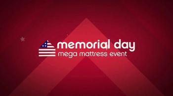 Ashley Furniture Homestore Memorial Day Mega Matress Event TV Spot, 'Deals' - Thumbnail 3