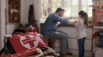 Johnson & Johnson First-Aid Bag TV Spot, 'Build a Kit' - Thumbnail 7