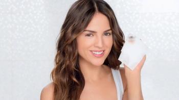 Neutrogena Makeup Remover TV Spot, 'La Prueba' Con Eiza González [Spanish] - Thumbnail 9