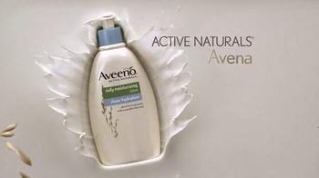 Aveeno Sheer Hydration TV Spot, 'Piel Suave' Con Jennifer Aniston [Spanish] - Thumbnail 3