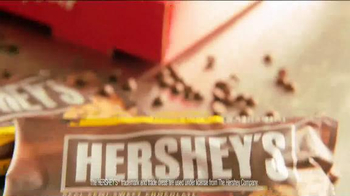 Pizza Hut Ultimate Hershey's Chocolate Cookie TV Spot - Thumbnail 3