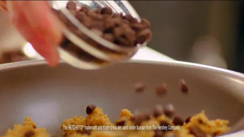Pizza Hut Ultimate Hershey's Chocolate Cookie TV Spot - Thumbnail 4