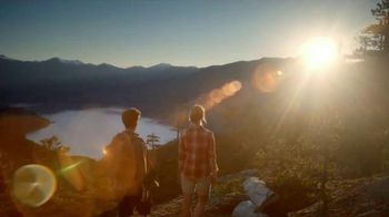 Nature Valley Sweet & Salty Nut TV Spot, 'Sweet and Salty Hike' - Thumbnail 6