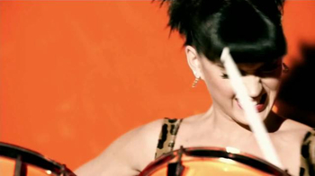 CoverGirl Blast Macaras TV Spot Con Katy Perry, Pink [Spanish] - Thumbnail 2