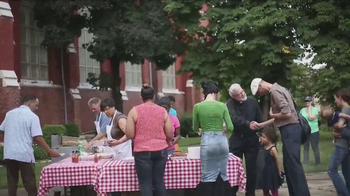 Long John Silver's $1.99 Fish & Fries Week TV Spot, 'St. Al's' - Thumbnail 4