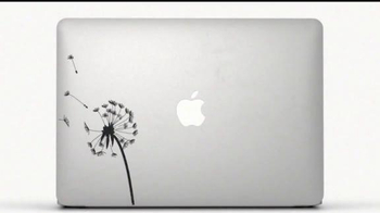 Apple MacBook Air TV Spot, 'Stickers' Song by Hudson Mohawke - Thumbnail 6