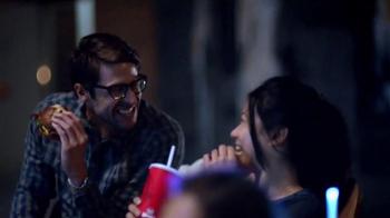 Wendy's Pretzel Bacon Cheeseburger TV Spot, 'Movie Under the Stars' - Thumbnail 6