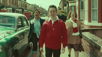 Chevrolet TV Spot, 'The History of the Manchester United Shirt' - Thumbnail 4