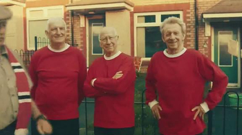 Chevrolet TV Spot, 'The History of the Manchester United Shirt' - Thumbnail 5