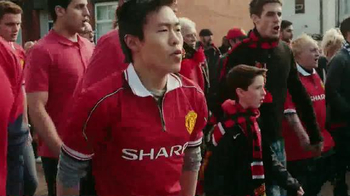 Chevrolet TV Spot, 'The History of the Manchester United Shirt' - Thumbnail 7