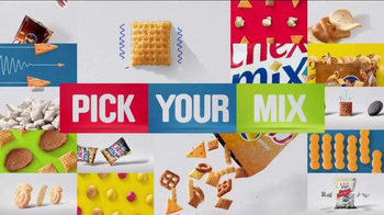 Chex Mix TV Spot, 'Decoy Bag' - Thumbnail 9