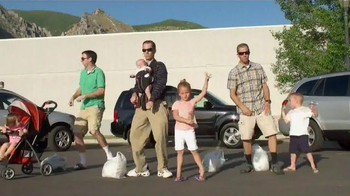 Staples TV Spot, 'Excited Parents' Song by King Jamez - Thumbnail 3