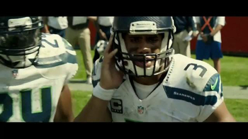 DURACELL Quantum TV Spot, 'NFL on the Line: Powers the Seattle Seahawks' - Thumbnail 3