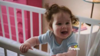 Pampers Baby Dry TV Spot, 'Dances' - Thumbnail 7