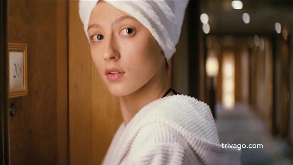 trivago TV Commercial, 'La Misma Experiencia'
