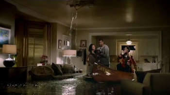 Hotels.com TV Spot, 'Flood' - Thumbnail 7