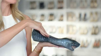 Dr. Scholl's DreamWalk TV Spot, 'Tame the Shoe' Featuring Heidi Klum - Thumbnail 4