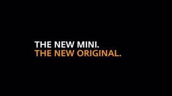 MINI USA TV Spot, 'Dominoes' - Thumbnail 9
