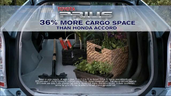 Toyota Spring Sales Drive TV Spot, 'Prius' - Thumbnail 5