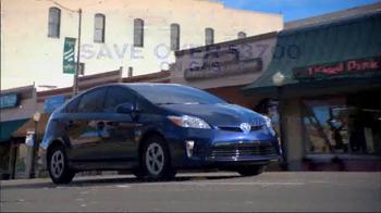 Toyota Spring Sales Drive TV Spot, 'Prius' - Thumbnail 9