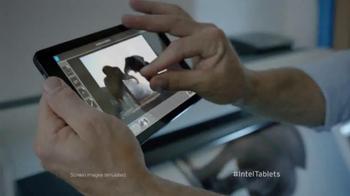 Intel Tablets TV Spot, 'Wildlife Photographer Paul Soulders' - Thumbnail 4