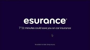 Esurance TV Spot, 'Hank: Not-So-Smartphone User' - Thumbnail 4