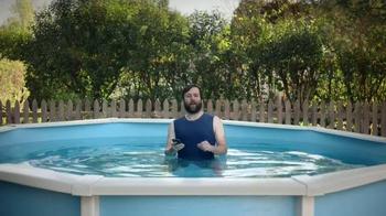 Esurance TV Spot, 'Hank: Not-So-Smartphone User' - Thumbnail 3