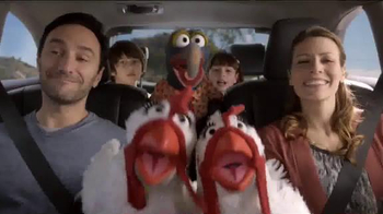 2014 Toyota Highlander TV Spot, 'Old Faithful' Featuring The Muppets - Thumbnail 7