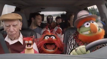 2014 Toyota Highlander TV Spot, 'Old Faithful' Featuring The Muppets - Thumbnail 8