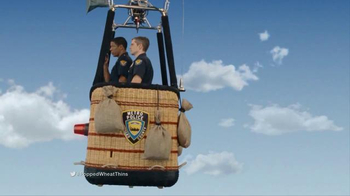 Wheat Thins Popped TV Spot, 'Air Chase' - Thumbnail 2