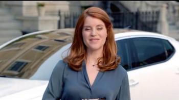 2014 Kia Optima TV Spot, 'Drop in to Say Thank You' Featuring Blake Griffin - Thumbnail 4
