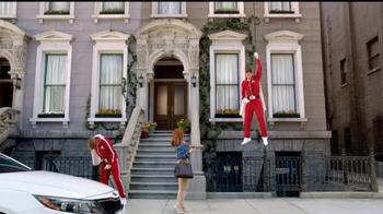 2014 Kia Optima TV Spot, 'Drop in to Say Thank You' Featuring Blake Griffin - Thumbnail 9