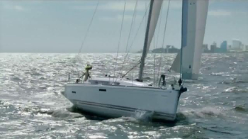 GEICO TV Spot, 'The Gecko's Journey: Baltimore Boat' - Thumbnail 2