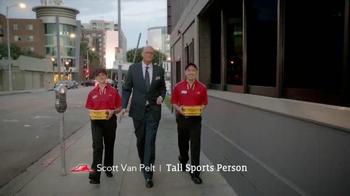 Pizza Hut WingStreet TV Spot, 'Pub Trivia' Featuring Scott Van Pelt - Thumbnail 1
