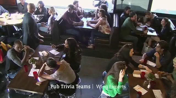 Pizza Hut WingStreet TV Spot, 'Pub Trivia' Featuring Scott Van Pelt - Thumbnail 4