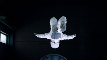 One A Day TV Spot, 'Astronaut' - Thumbnail 3