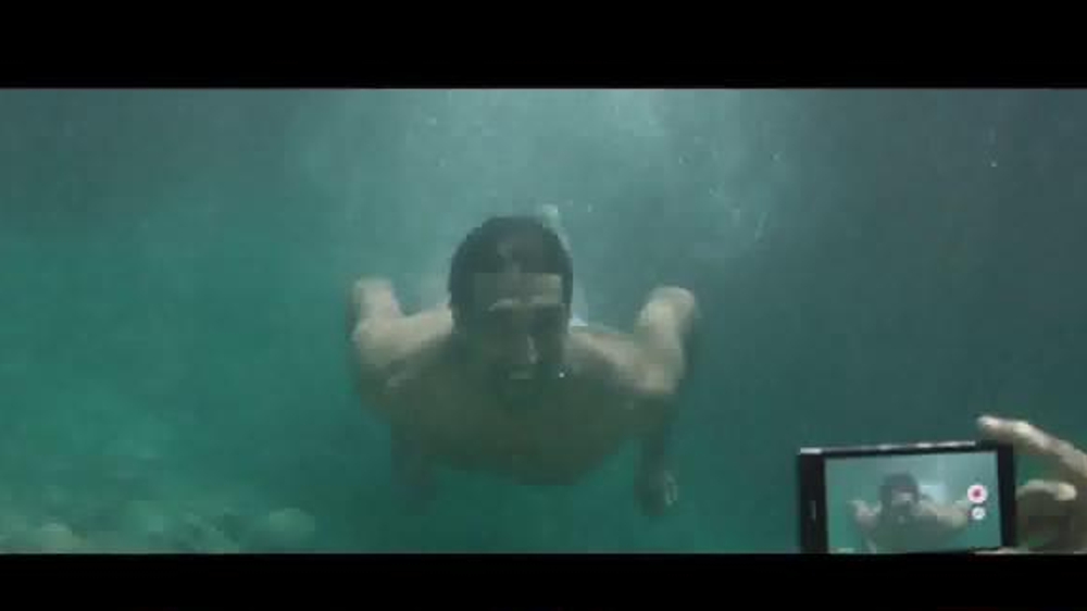 Sony Xperia Z1S TV Commercial, 'Underwater Recording,' Song by Lucy Rose