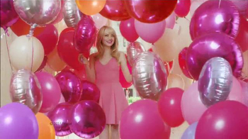 Revlon ColorBurst Matte & Lacquer Balms TV Spot Con Emma Stone [Spanish] - 16 commercial airings