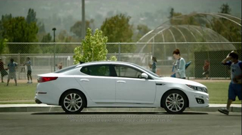 2014 Kia Optima Parking Reminder TV Spot, 'Amnesia' - Thumbnail 8