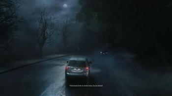2014 Mitsubishi Outlander TV Spot, 'Rainy Delivery' - Thumbnail 3