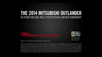 2014 Mitsubishi Outlander TV Spot, 'Rainy Delivery' - Thumbnail 9