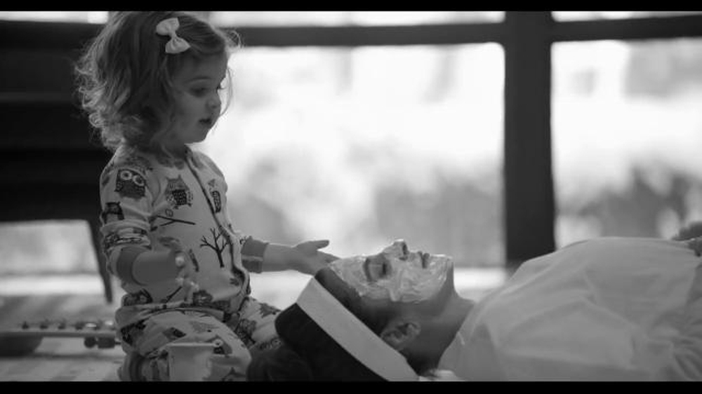 American Express EveryDay Card TV Commercial, 'A Yogurt Facial' Feat. Tina Fey