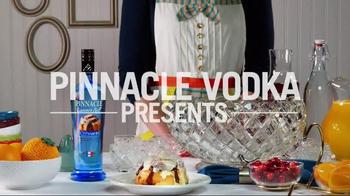 Pinnacle Vodka Cinnamon Roll TV Spot, 'Cinnabon Brunchy Punchy' - Thumbnail 2