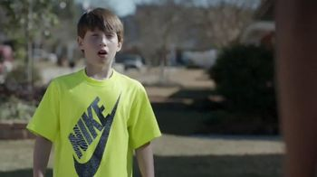 Kids Foot Locker TV Spot, 'Buzzer Beater' Featuring Anthony Davis - Thumbnail 6