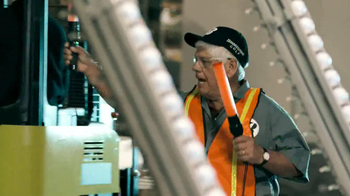Bridgestone TV Spot, 'Factory Tour' Featuring David Feherty - Thumbnail 9