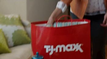 Marshalls & TJ Maxx TV Spot, 'Two Amazing Ways To Score' - Thumbnail 4