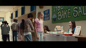 Progressive TV Spot, 'Bake Sale' - Thumbnail 2