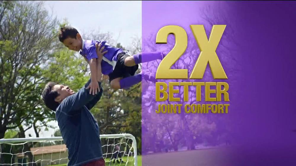 Schiff Move Free Ultra Omega TV Commercial, 'Soccer'