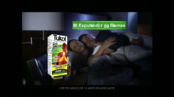 Tukol Multi-Symptom Cold TV Spot, 'La Noche' [Spanish] - Thumbnail 7